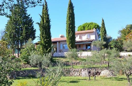 Last Minute Cottages - Villa Adorable