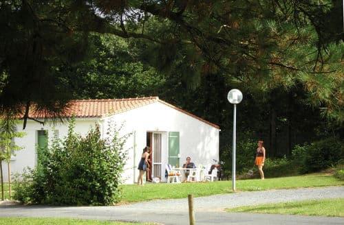 Last Minute Cottages - Village Vacances de Chantonnay 2