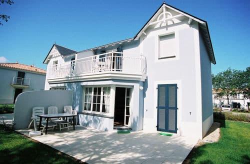 Last Minute Cottages - Le Domaine de Fontenelles 2