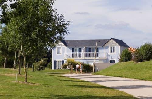 Last Minute Cottages - Le Domaine de Fontenelles 6