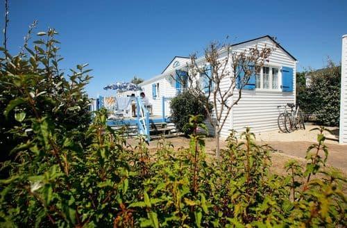 Last Minute Cottages - Domaine de Plein Air Saint Martin 1