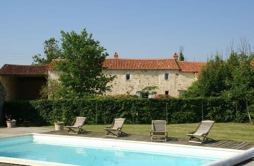 Last Minute Cottages - La Tour