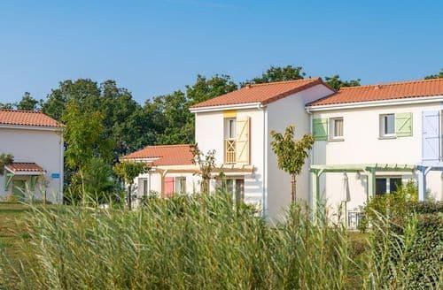 Last Minute Cottages - Résidence Le Village de la Mer 2