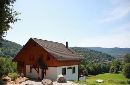 Last Minute Cottages - Les Chalets des Ayes 7