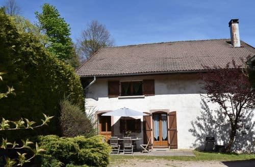 Last Minute Cottages - Les Genets