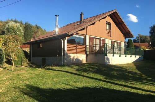 Last Minute Cottages - Chalet du Neune 11