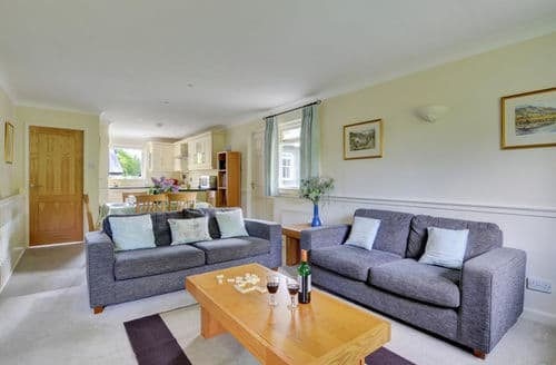Last Minute Cottages - Oakdene Cottage