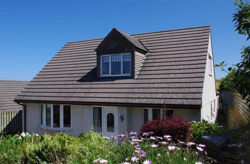 Last Minute Cottages - Pegwynce Cottage