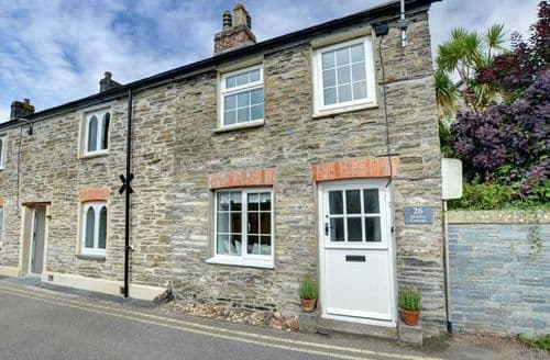 Dog Friendly Cottages - Excellent Padstow Cottage S153744