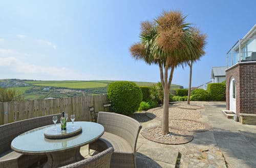 Last Minute Cottages - Superb Mawgan Porth Cottage S153750