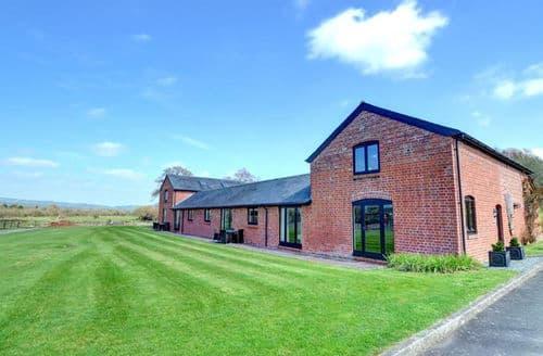 Last Minute Cottages - Cosy Llandinam Cottage S153755