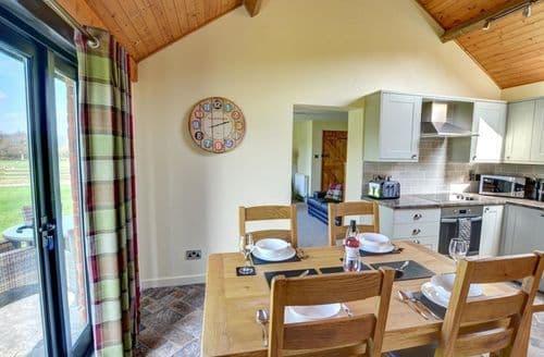Last Minute Cottages - Cosy Llandinam Cottage S153757
