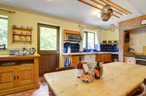 Last Minute Cottages - Lovely Brooks Cottage S153773