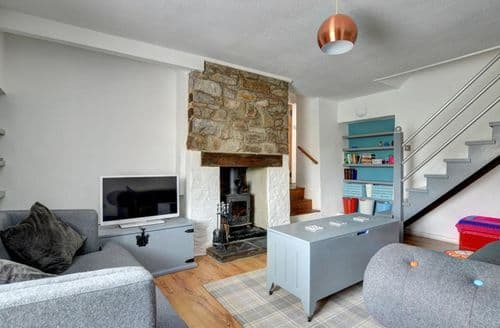 Last Minute Cottages - Wonderful Groes Faen Cottage S153793