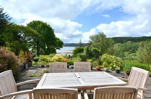 Last Minute Cottages - No 2 Sea View