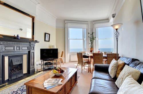 Last Minute Cottages - Marine Views
