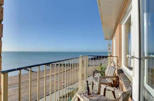 Last Minute Cottages - Stunning Rottingdean Apartment S153874