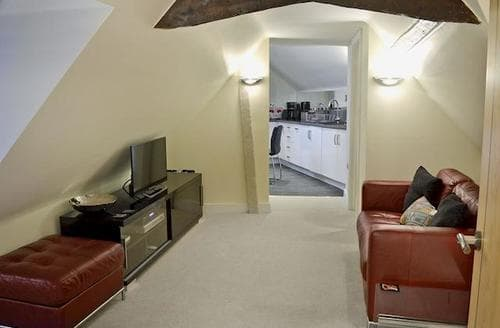 Last Minute Cottages - Cosy Canterbury Apartment S45084