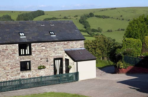 Last Minute Cottages - Llanilid Un