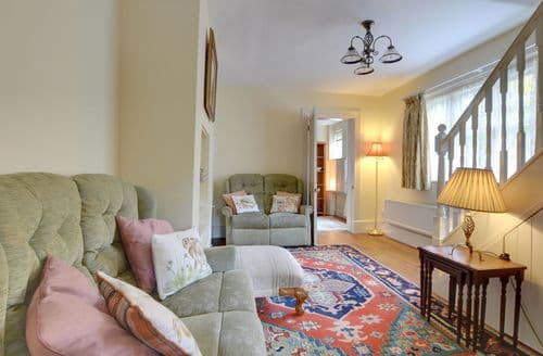Last Minute Cottages - Cleeve Lodge