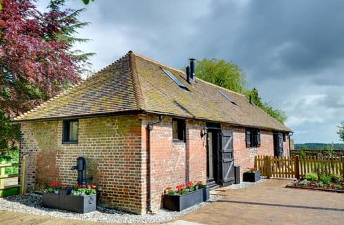 Last Minute Cottages - Bells Forstal Farm Stables