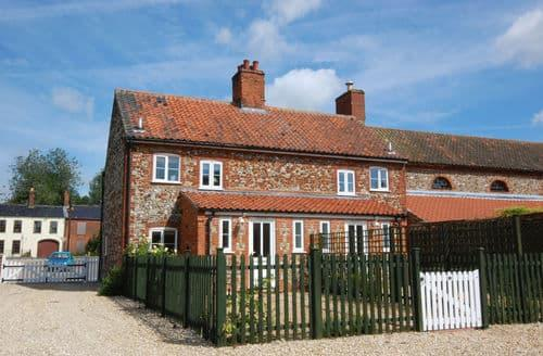 Last Minute Cottages - Charming East Rudham Cottage S154128