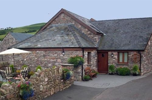 Last Minute Cottages - Bailea Coach House