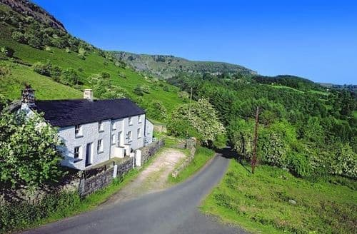 Last Minute Cottages - Adorable Crickhowell Cottage S154143