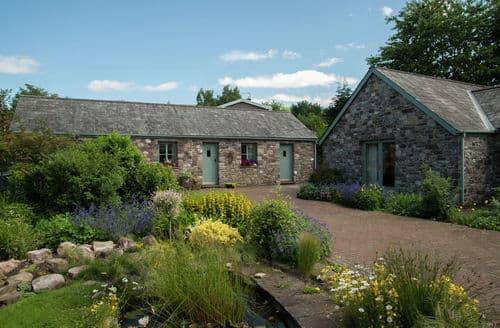 Last Minute Cottages - Hen Stabl