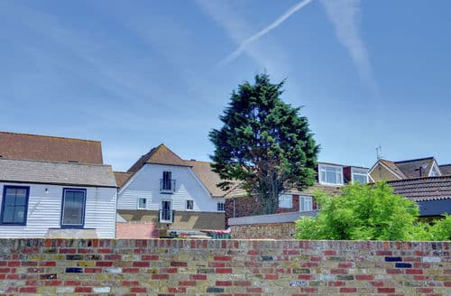 Last Minute Cottages - Exquisite Whitstable, Kent Cottage S154189