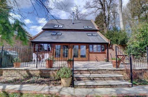 Dog Friendly Cottages - Valley View Barn
