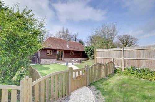 Last Minute Cottages - Tasteful Rolvenden Cottage S154214