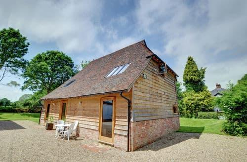 Last Minute Cottages - Cosy Cranbrook Cottage S154213