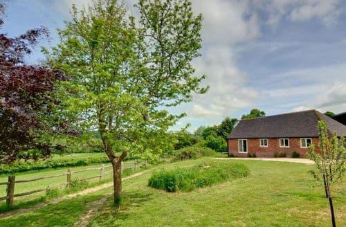 Last Minute Cottages - Owl Barn