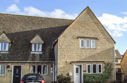 Big Cottages - Stunning Bourton On The Water Cottage S45122