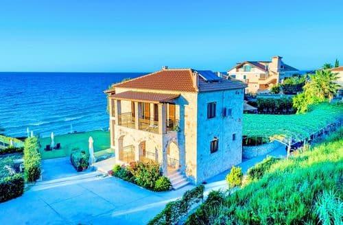 Last Minute Cottages - Villa Mare Psarou