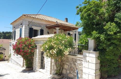Last Minute Cottages - Villa Antoon
