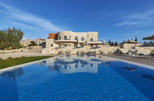 Last Minute Cottages - Orelia Cretan Villa I 4 persons