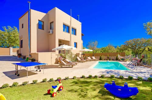 Last Minute Cottages - Villa Aclando