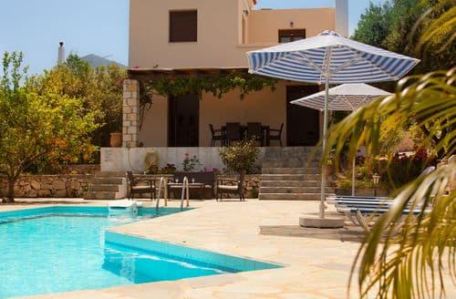 Last Minute Cottages - Villa Zeus
