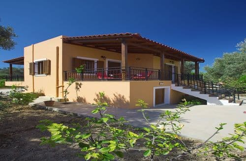 Last Minute Cottages - Villa Afroditi
