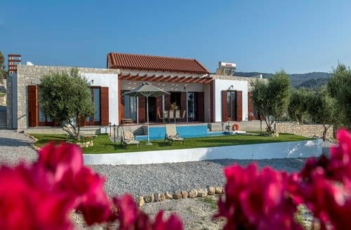 Last Minute Cottages - Villa's KyriAnna