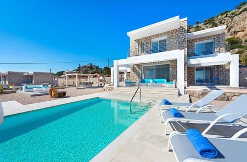 Last Minute Cottages - Villa Horizontes