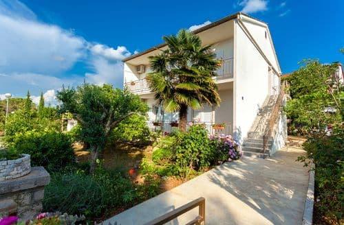 Last Minute Cottages - Apartment Bogovic Anton