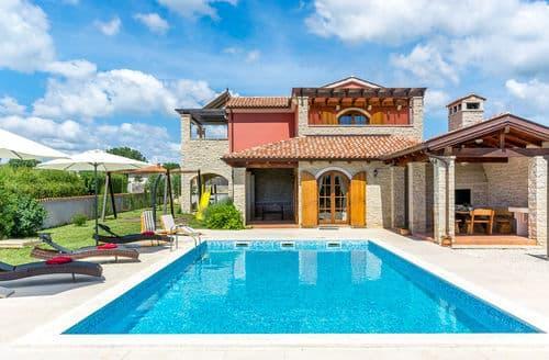 Last Minute Cottages - Beautiful Villa Irena in Rebici near the Beach