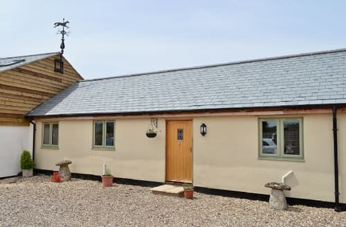 Last Minute Cottages - Exquisite Royal Wootton Bassett Cottage S13727
