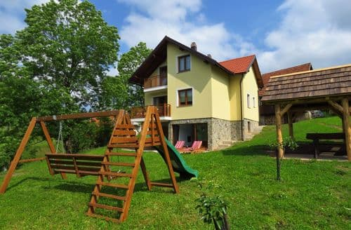 Last Minute Cottages - Holiday home Dolina