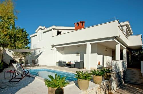 Last Minute Cottages - Villa Ingrid