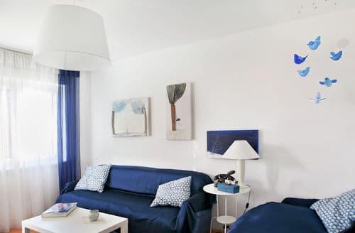 Last Minute Cottages - Delightful Apartment Brela