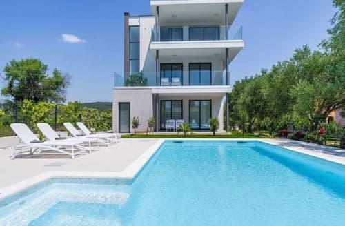 Last Minute Cottages - Villa apartments Marine